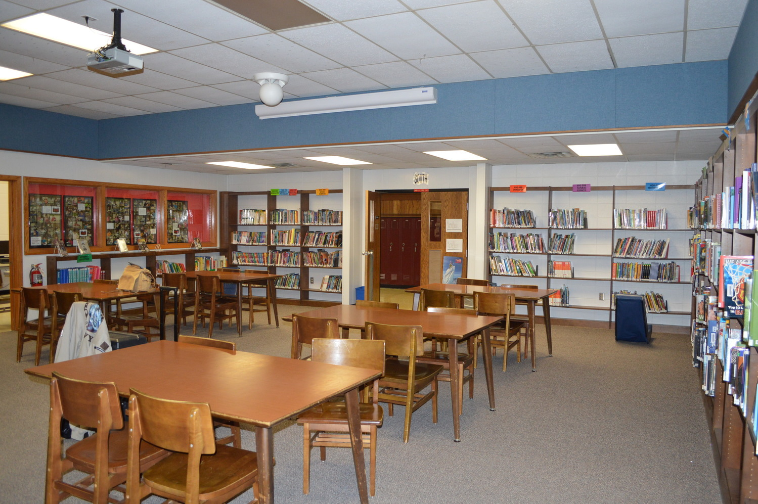 River Valley School District Middle School Library